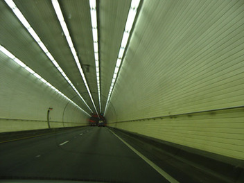 Tunnel_1